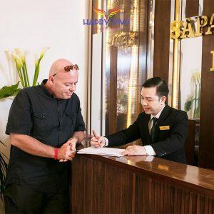 Combo tour du lịch Sapa Horizon Hotel - Lễ tân